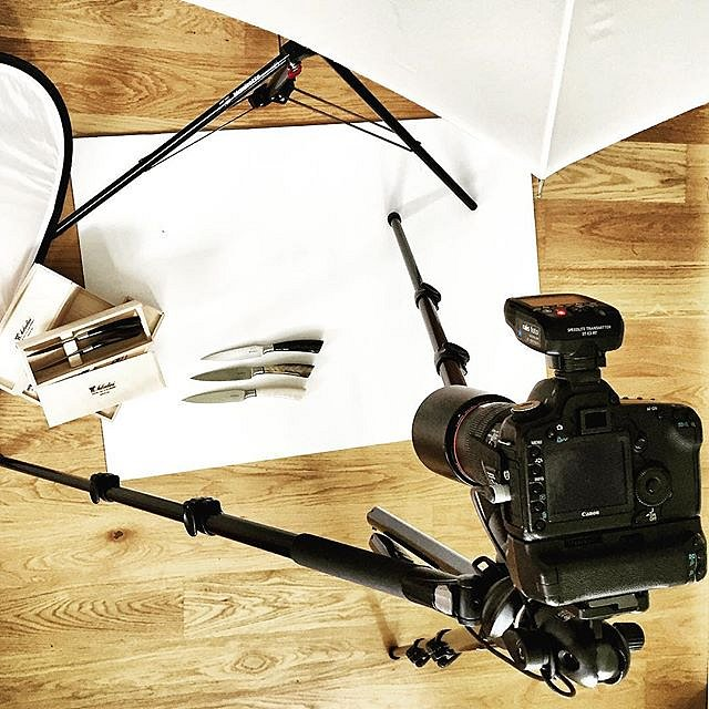 Shooting beautiful handmade Italien knives from Saladini today  #raisfoto #photographer #picoftheday